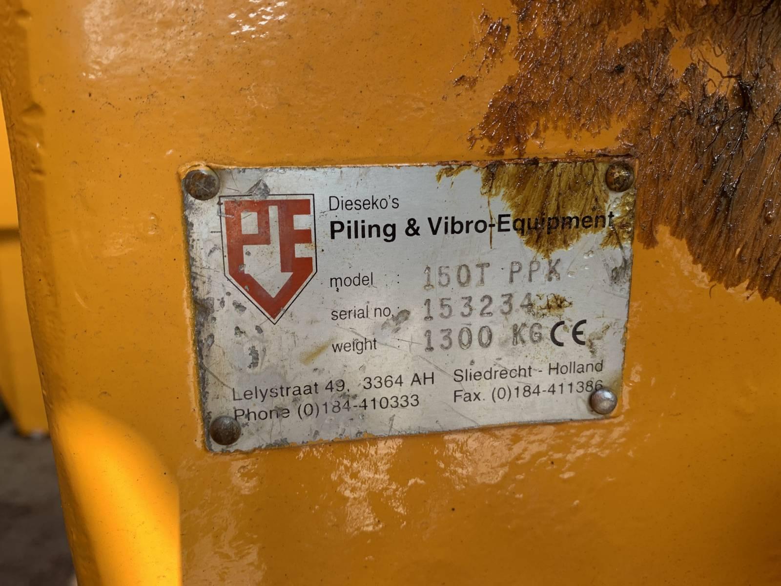 PVE 200M HYDRAULIC VIBRATORY HAMMER